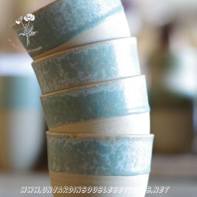 Petite tasse : Céramiques   Petite tasse