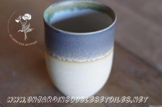 Moyenne tasse : Céramiques   Moyenne tasse à thé
